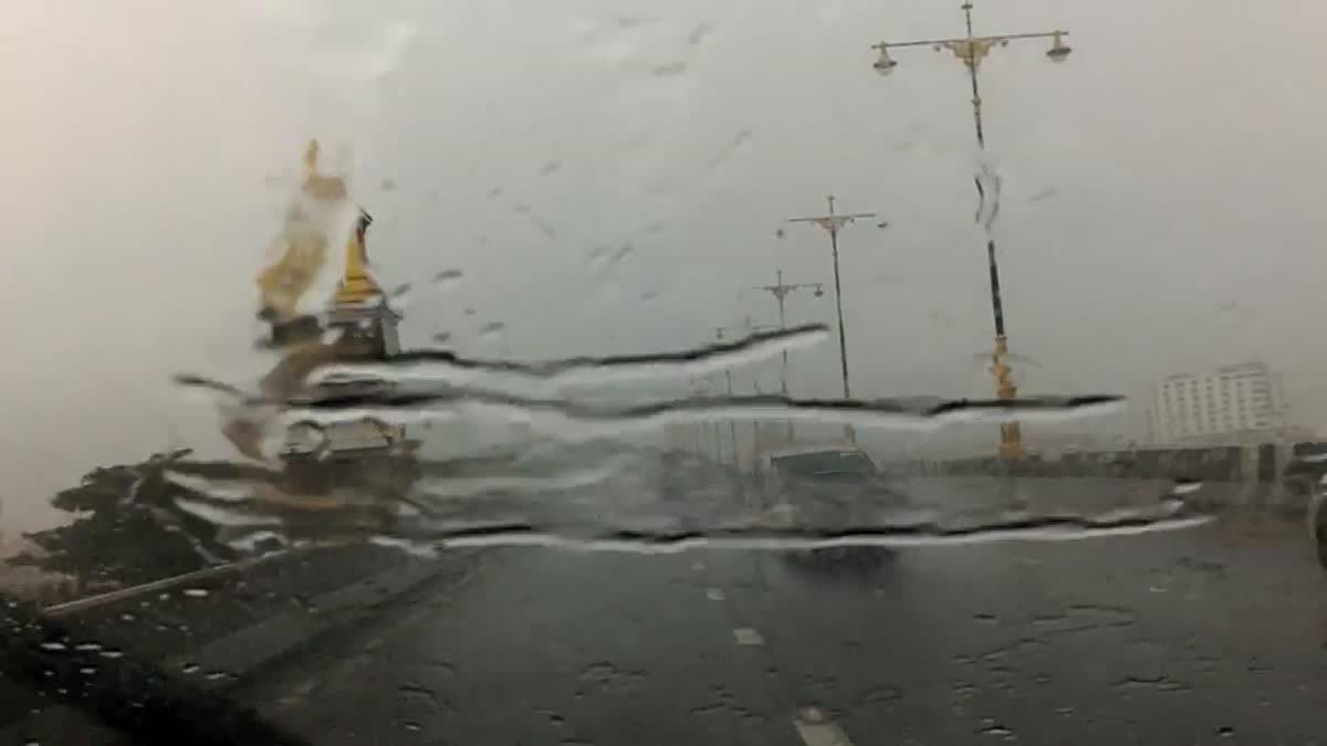 ฝนตกหนักย่านแจ้งวัฒนะ- ปากเกร็ด (30 พ.ค. 60)