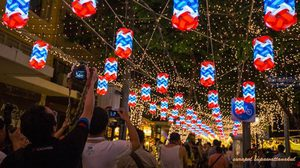 ชวนไปถ่ายรูป ไฟเฉลิมพระเกียรติฯนับล้านดวง ที่ถนนราชดำเนิน
