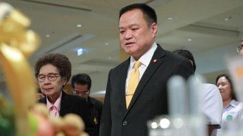 อนุทิน ยันพบผู้ป่วยติดไวรัสโคโรนาในไทยแล้ว 8 ราย ปัดเลิกระบบคัดกรอง
