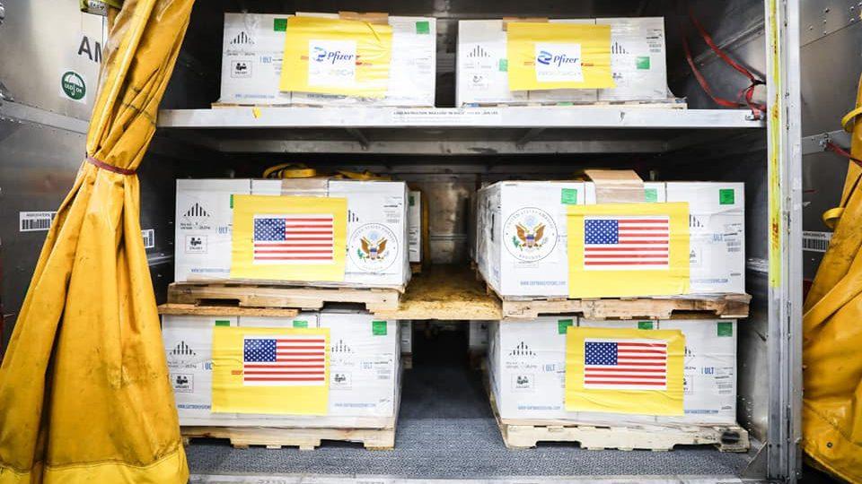 วัคซีนไฟเซอร์ 1.5 ล้านโดส จากสหรัฐฯถึงไทยแล้ว