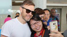 ฟินมาก! Take That ถึงเมืองไทย ให้แฟนคลับได้ Selfie