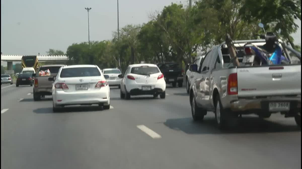 วินาศสันตะโร ! ถนนสายเอเชียรถแน่นติดแถวยาวกว่า 3 กิโล