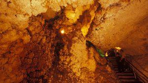 ถ้ำแก้วโกมล ความมหัศจรรย์ ที่มีเพียง 1 ใน 3 ของโลก