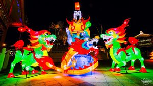 เทศกาลหุ่นโคมไฟนครสวรรค์ หลากสีสัน รับเทศกาลปีใหม่