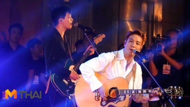 โคลสอัพ ยงฮวา CNBLUE! เล่นคอนเสิร์ต รั่วมาก!!