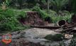 น้ำป่าพัดถนนเข้าหมู่บ้าน จ.กระบี่ ขาด