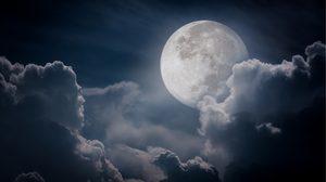 15 พ.ค.61 วันขอเงินพระจันทร์ ใครอยากรวย อ.คฑา มีคำแนะนำ
