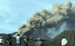 ภูเขาไฟโบรโมพ่นเถ้าถ่านในอินโดนีเซีย