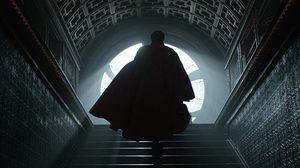 ผู้กำกับ Doctor Strange บอกใบ้? หลังโพสต์ภาพคอมิกที่ดอกเตอร์สเตรนจ์ไปเจอจักรวาลที่แท้จริง