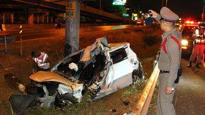 เปิดสภาพรถ! สาวกลับจากปาร์ตี้ตัวเปียกถอดเสื้อผ้าขับ เกิดอุบัติเหตุเสียชีวิต