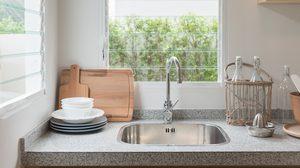 5 ขั้นตอน ทำความสะอาดอ่างล้างจาน ในครัวให้น่าใช้งาน