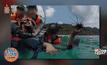 แชร์ว่อน! นักท่องเที่ยวจับหอยเม่น-หอยมือเสือ ถ่ายรูปเล่น