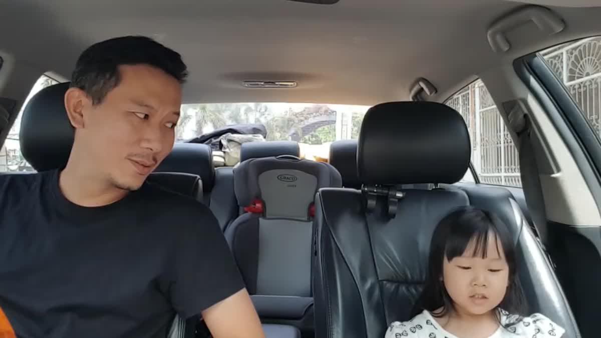 ลูก...พ่อ | จินซ้อมร้องเพลงในรถกับพ่อ
