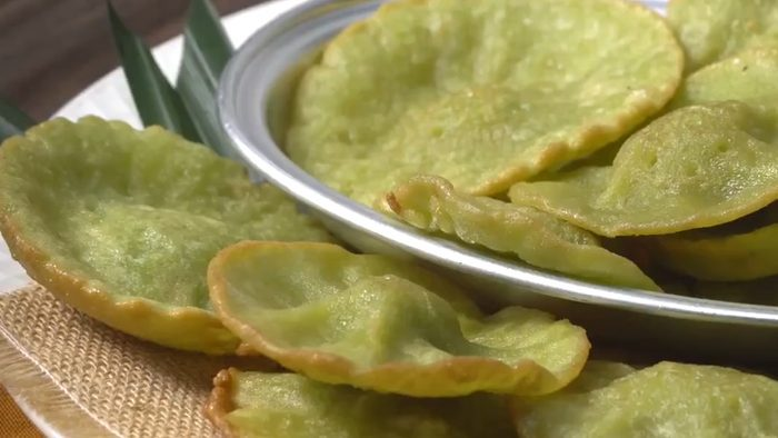 วิธีทำ ขนมฝักบัวใบเตย เมนูขนมไทยโบราณ ทำกินเองง่ายๆ
