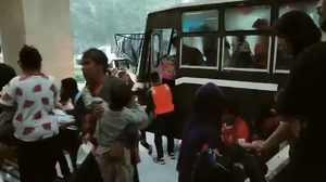 ย้ายชาวบ้าน อ.ท่าศาลา กว่า 1,200คน ไปที่ศูนย์อพยพ ม.วลัยลักษณ์