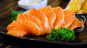 ปลาดิบ อร่อย กินเพลิน แต่แถมอะไรมาด้วย คุณรู้หรือไม่?