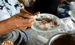จัดเต็ม เลี้ยงขนมจีน 50 กิโลกรัม ทำความดีถวายในหลวง