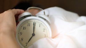 กดเลื่อนนาฬิกาปลุก ทุกเช้า พฤติกรรมง่ายๆ ที่ร้ายกว่าที่คิด