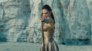 Wonder Woman มาไกล ติดท็อปไฟว์ ภาพยนตร์ซูเปอร์ฮีโร่ที่ทำรายได้สูงที่สุดตลอดกาล