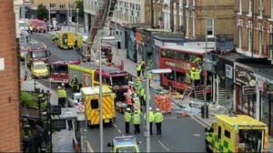 รถเมล์สองชั้นพุ่งชนร้านค้าในกรุงลอนดอน บาดเจ็บ 6 ราย