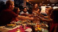9 วิธีจัด ฮวงจุ้ยโต๊ะอาหาร ให้เพิ่มพลัง รับทรัพย์ เรียกโชคลาภเข้าบ้าน