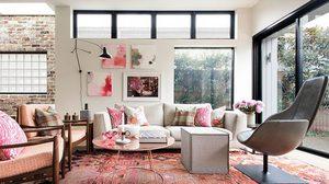 ให้มันเป็นสีชมพู!! ห้องนั่งเล่น สีชมพู เอาใจคนรักโทนสีหวานๆ