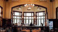 """จิบกาแฟในวังพญาไท """"ร้านกาแฟนรสิงห์"""" ร้านกาแฟแห่งแรกของประเทศ"""