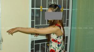 ฉาว! นักศึกษาสาว เเจ้งจับหื่นลูกหนังเมืองโคราช บุกรุกทำอนาจาร