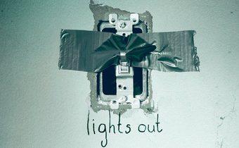 Lights Out มันออกมาขย้ำ