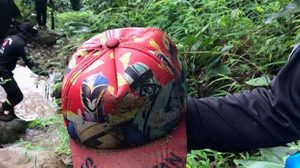 ยันหมวกปริศนาไหลมาตามน้ำตก ไม่ใช่ของน้องทีมฟุตบอลหมูป่า
