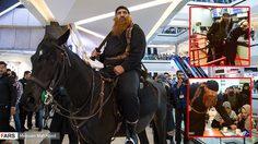 โดนด่าซะเละ!! นักแสดงชาวอิหร่านปลอมตัวเป็นผู้ก่อการร้าย ISIS เข้าไปโปรโมทหนังกันในห้าง