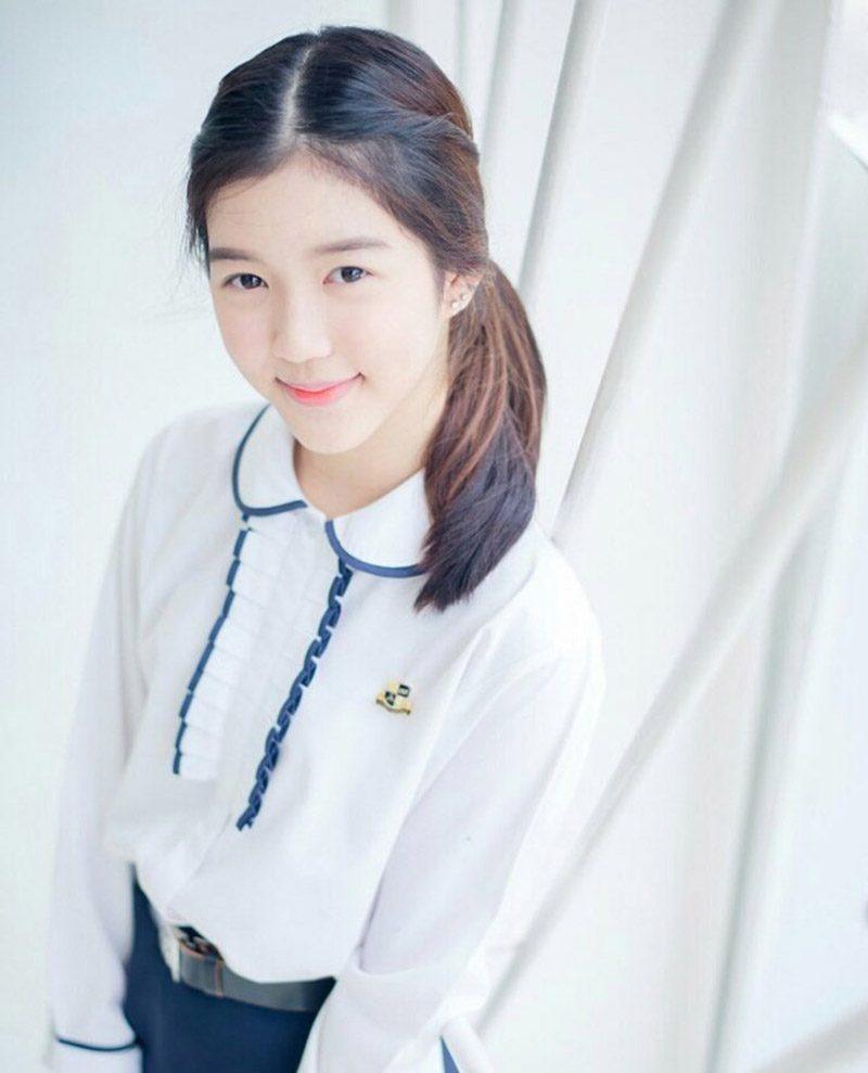 จูเน่ BNK48 รุ่น 2