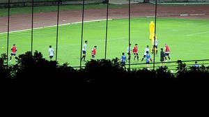 อ้าวเห้ย ยังไงกัน! สื่อเวียดนามแอบถ่ายทีมไทยจากมุมสูง