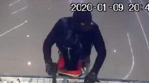 ผบ.ตร. แถลงคืบหน้าคดีปล้นทองในห้างดังที่ลพบุรี ล่าสุดคุมผู้ต้องสงสัยสอบที่หนองคาย