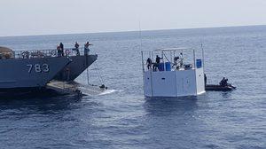 กองทัพเรือ เคลื่อนย้ายที่พักอาศัยลอยน้ำ เข้าฝั่งแล้ว