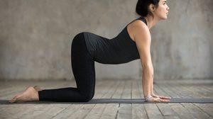 7 ท่าบริหารง่ายๆ เพื่อเพิ่มความยืดหยุ่นให้ กระดูกสันหลัง