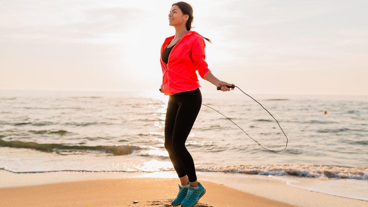 5 ประโยชน์ของการ กระโดดเชือก เต็มไปด้วยข้อดี ทั้งสุขภาพกายและใจ
