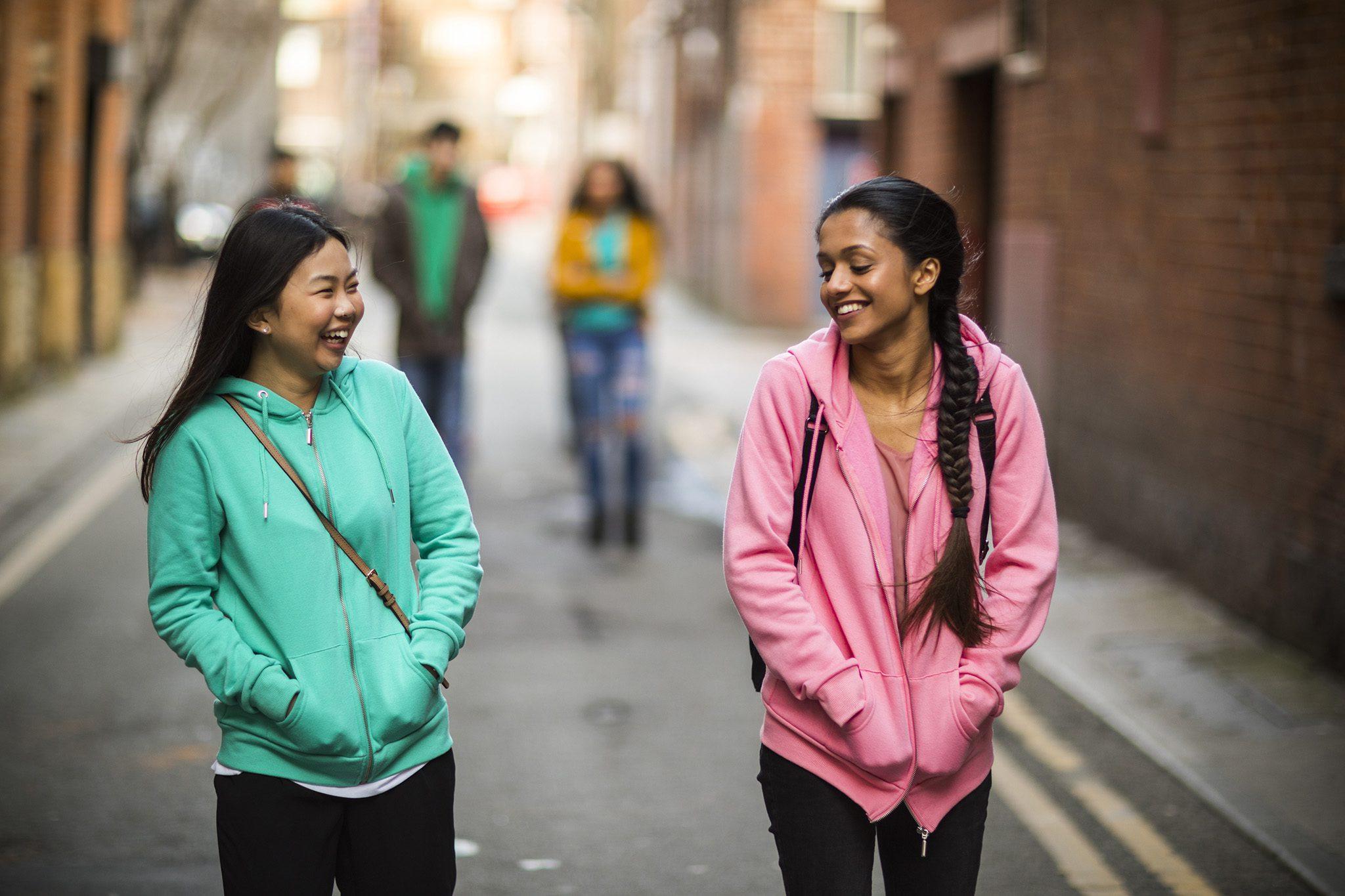 ทุนสำหรับคนอยากเรียนต่ออังกฤษกว่า 40 ทุน พร้อมชูทุนสำหรับผู้หญิงเรียนด้าน STEM ครั้งแรกในไทย