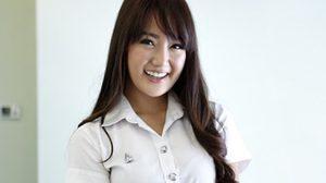 จีจี้ สาวน่ารักเฮฮา จากรั้วจามจุรี