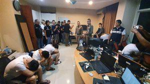 บุกทลาย แหล่งการเงินบ่อนพนันออนไลน์เมืองจีน ดอดมาเช่าห้องถ่ายเงิน ที่ชลบุรี