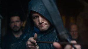 ยิงไม่ยั้ง!! ทารอน อีเกอร์ตัน เป็นวีรบุรุษแม่นธนู ในตัวอย่างแรก Robin Hood