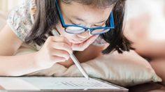 6 ทริคพ่อแม่ควรรู้ ดูแลสายตาลูกให้ปลอดภัยจากการ เรียนออนไลน์