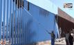 ทาสีรั้วกั้นเม็กซิโก-สหรัฐฯ ให้เป็นสีท้องฟ้า