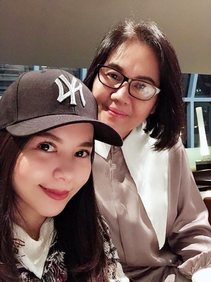 เม จีระนันท์ - คุณแม่