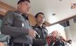 ตำรวจเร่งตามจับผู้ต้องหาซุกยาบ้าในตุ๊กตาลูกเทพ