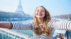 เชื่อหรือไม่!! ใช้เงิน กับ การไปเที่ยว สร้างความสุขได้นานกว่าการซื้อของ