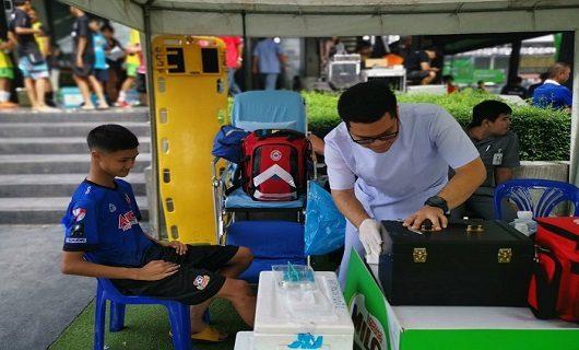 โรงพยาบาลธนบุรี 2 สนับสนุนหน่วยปฐมพยาบาลพร้อมทั้งรถพยาบาลเคลื่อนที่  ในการแข่งขันกีฬาฟุตซอล  ไมโล  ฟุตซอล 2019 Road to Barcelona