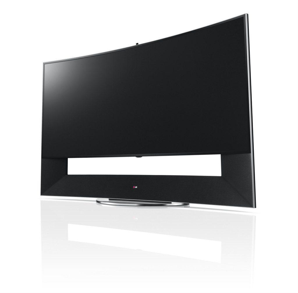 02_105-inch CURVED ULTRA HD TV