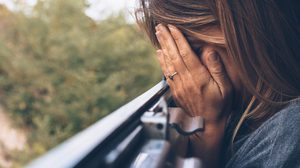 5 เหตุผล ที่ทำให้คุณยังรู้สึกเจ็บและตัดแฟนเก่าออกไปจากใจไม่ได้จริงๆ