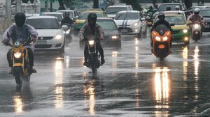 พยากรณ์อากาศวันนี้ 23 มี.ค.63 : ทั่วไทยยังมีพายุฝน-ลมแรง แนะระวังอันตราย